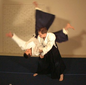 Robert House aikido shihonage